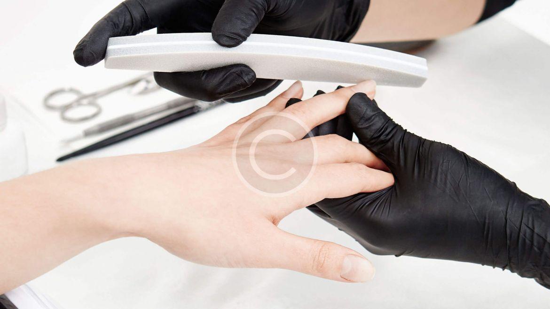 Manicure w/French &  Design